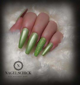 Nagelschick Premium Metallic Farbgel Kiwi 2