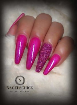 Nagelschick Premium Metallic Farbgel Cherry Merlot 1